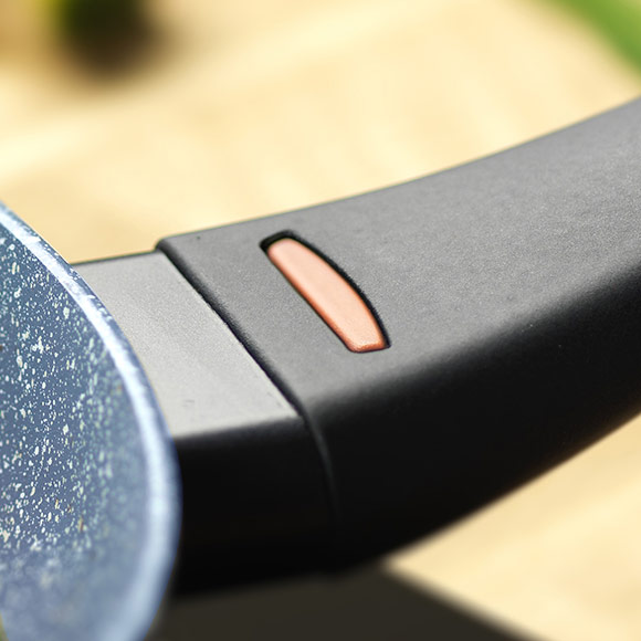 Ергономична дръжка с термо сензор