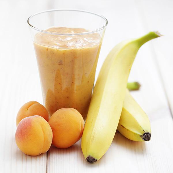 Смути с банан и кайсия